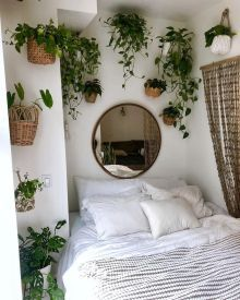Bohemian minimalist with urban outfiters bedroom ideas 44 Bohemian min. - Bohemian minimalist with urban outfiters bedroom ideas 44 Bohemian minimalist with urban outfiters bedroom ideas 43 Room Ideas Bedroom, Home Bedroom, Bedroom Decor, Master Bedrooms, Urban Bedroom, Bedroom Designs, Cool Bedroom Ideas, Bedroom Inspo, Garden Bedroom