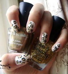 Leopard White to Gold Gradient Nails