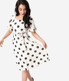 2fb5a1f92cdf 532 Best Pretty Polka Dots images in 2019 | Fashion vintage, Vintage ...
