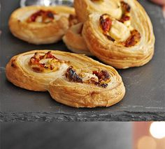 Red pepper, goat cheese & walnut palmiers
