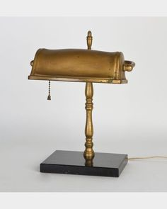 Brass & marble desk lamp (atl1818)  | Remains.com