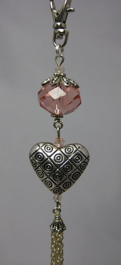 Peach Crystal and Tasselled Heart Handbag Charm by JadedJewelsUK, - GORGEOUS! (These can also be clipped onto a chain, to wear as a necklace! Charm Jewelry, Wire Jewelry, Boho Jewelry, Jewelry Crafts, Beaded Jewelry, Jewelery, Handmade Jewelry, Jewelry Design, Beaded Purses