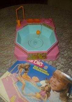 Piscina Borbulhante da Barbie - Essa eu tive! Amava apertar o pump pra fazer bolha na água!!!