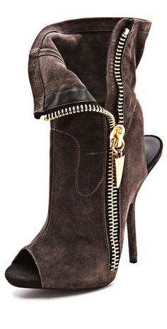 >>>Cheap Sale OFF! >>>Visit>> Giuseppe zanotti Alien Peep Toe Booties----I have to have these! Fab Shoes, Crazy Shoes, Cute Shoes, Me Too Shoes, Women's Shoes, Golf Shoes, Shoes Sneakers, Heeled Boots, Bootie Boots