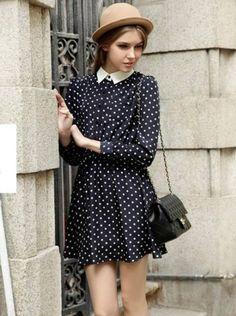 Marineblaues langarm-Falten Kleid mit Tupfen 15.60