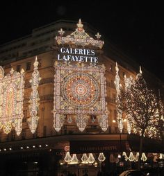 Paris   Christmas = a must see for sure. Description from rawsilkandsaffron.wordpress.com. I searched for this on bing.com/images