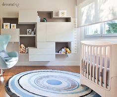 Cuarto para el bebé en tonos neutros y azules