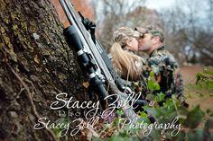 Engagement Photo / Portrait | Hunting / Camoflauge | Topeka , KS Photographer | | Park / Outdoor | Guns / Rifle | Couple Photo