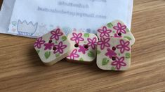 Square Floral Patterned Wooden Buttons: Pack of 4 buttons Button Flowers, Button Crafts, Wooden Hearts, Flower Petals, Dressmaking, Floral Design, Craft Projects, Card Making, Handmade Items