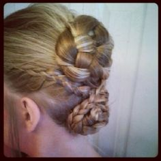 Oh the #1 hairstyle too :P haha