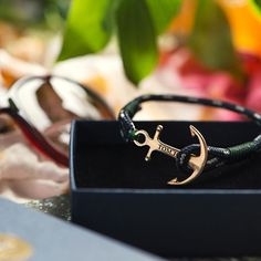 Ready for the summer #tomhope Mediterranean Green. Find and shop your favorite bracelet at www.thetomhope.com, link in bio.