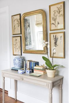 Holly Mathis - Country Living Entryway