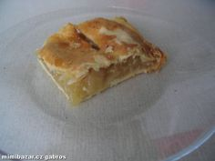 Oloupaná  jablka zbavená  jadřinců nakrájejte na tenké  plátky. Ve velké  míse promíchejte s citrono...