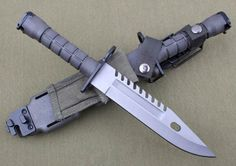 American government Special Ops M-9 Bayonet Special Forces Knife