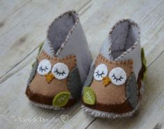 Made to Order-Handsewn All Natural Wool Felt Owl Newborn Baby Shoes-Crib Shoes-Slippers-Baby Shower Gift