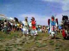 danza de los indios americanos en colorado red rock - YouTube