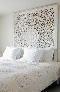 ゝ。White Bed Headboard