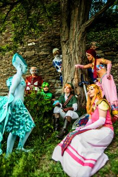 Our Zeldagang from Germany! xD  Me as Nabooru and my beloved friends as the other sages, Link, Zelda and Shiek.  I love you all! *3*