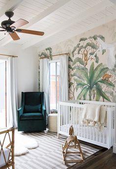 Depuis plus de deux ans le look tropical s'est invité dans nos intérieurs, pourquoi ne pas opter pour une chambre de bébé tropicale ?