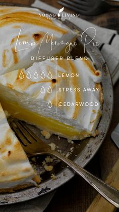 Young Living Lemon, Young Living Oils, Young Living Essential Oils, Citrus Essential Oil, Essential Oil Diffuser Blends, Lemon Essential Oils, Diffuser Recipes, Lemon Filling, Yl Oils