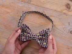 Tutoriale DIY: Cómo coser una pajarita estampada vía DaWanda.com