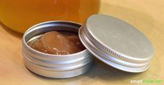 Pflegender Weihnachts-Lippenbalsam mit Zimt und Honig