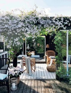terrace garden 26 DIY Garden Privacy-I - gardencare Garden Deco, Diy Garden, Terrace Garden, Scandinavian Garden, Garden Privacy, Outdoor Living, Outdoor Decor, Garden Inspiration, Garden Furniture