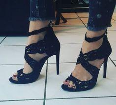 «La version portée ☺ Canons non ???  #shoes #zara #mespiedsvoussalue #sandales #cuir #mode»