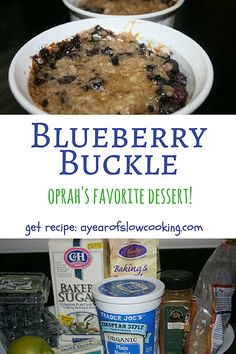 Moist and delicious blueberry buckle made in the crockpot slow cooker! You can either use individual ramekins or cook it all in one large round slow cooker. What a fun dessert! Best Slow Cooker, Slow Cooker Recipes, Crockpot Recipes, Cooking Recipes, Slow Cooking, Crock Pot Desserts, Fun Desserts, Slow Cooker Breakfast, Breakfast Recipes