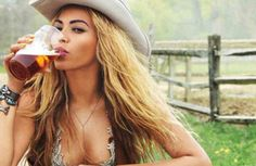 Beyoncé's 'Daddy Lessons' was submitted and rejected for country Grammy consideration