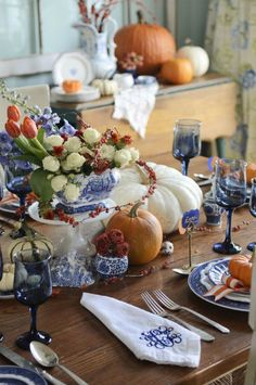 This is how I'm decorating my dining room table for thanksgiving!!