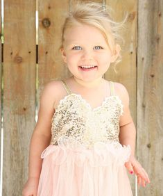 a7449b03377 Tulle Ball Sleeveless Dresses Sequins Princess Children Baby Girl Clothing  Lace Party Gown Fancy Dresses Girl Birthday