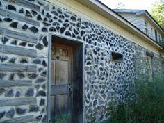 бревна камень дрова