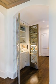 ABOVE The Woods' charming brick house is painted. Basement Bar Designs, Home Bar Designs, Basement Ideas, Built In Bar, Built Ins, Basement Renovations, Home Remodeling, Home Theater Design, Wet Bars