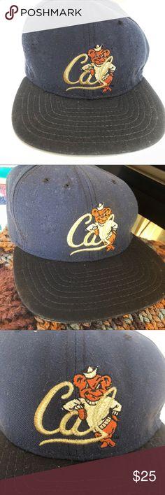 5b6c914d237 VTG🐻90s UC Berkeley Low Profile Baseball Cap