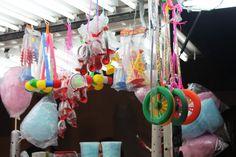 Caramelos, golosinas, algodones de azúcar... :)