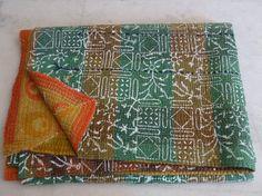 Vintage Throw Kantha Quilt Ethnic Ralli Quilt by jaisalmerhandloom