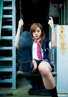Elaiza Ikeda ( Weekly Young Magazine 2015 No.41 ) :http://passion-nippones.eklablog.net/magazine-young-magazine-2015-n-41-elaiza-ikeda-nanoka-reimi-osawa-hika-a118657624