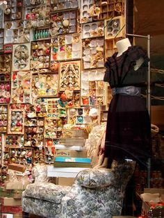 Beautiful Window Displays!: Anthropologie Vintage Christmas 2008
