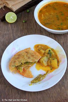 Matar Kachori(Green Peas Kachori) and Alu Sabzi - Delhi style Veg Recipes, Vegetarian Recipes, Chicken Recipes, Cooking Recipes, Snack Recipes, Weekly Recipes, Indian Dessert Recipes, Indian Snacks