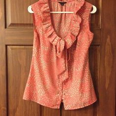 [Banana Republic] sleeveless blouse Coral-ish/pink-ish top with gray and ivory specks. Super comfortable top, but this runs a little big (for me). Banana Republic Tops Blouses