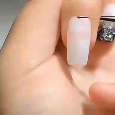 New stylish nail art ideas every day Nagellack Design, Nagellack Trends, Nail Manicure, Diy Nails, Nail Polish, Stylish Nails, Trendy Nails, Acrylic Nail Designs, Acrylic Nails