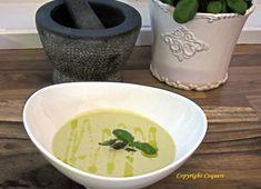 Dette er en favoritt aspargessuppe. En av grunnene til at denne er mine favoritter, er at den er en enkel og rask å lage, samtidig veldig god på smak. Cantaloupe, Fruit, Food, Essen, Meals, Yemek, Eten