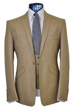 The Canaway Beige from William Hunt Savile Row Sharp Dressed Man, Well Dressed Men, Men's Suits, Cool Suits, Stylish Mens Fashion, Men's Fashion, Brown Suits, Smart Outfit, Elegant Man