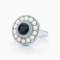 Ziegfeld Collection pearl ring in sterling silver and black onyx.