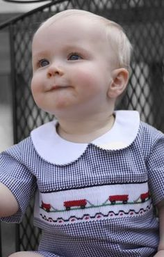 It is time to get busy on Fall sewing. I love navy blue gingham and with smocked red wagons, even daddy was okay with the outfit. Smocking Plates, Smocking Patterns, Dress Patterns, Sewing Patterns, Smocking Tutorial, Coat Patterns, Smocked Baby Clothes, Baby Clothes Patterns, Baby Boy Outfits
