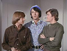 Monkees Peter Tork, Mike Nesmith, Micky Dolenz. Mike discusses embarking on tour when David Jones was gone.