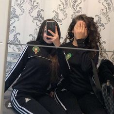 Best Friend Pictures, Bff Pictures, Cute Couples Goals, Couple Goals, Mode Instagram, Smoke Photography, Thug Life, Aesthetic Photo, Best Friends