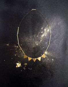 Necklace Triangle - garland for the neck!