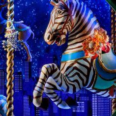 Tiffany's Magical Winter Window Display - My Modern Met Winter Window Display, Window Displays, Shop Displays, Christmas Store, Christmas Windows, Gold Christmas, Carosel Horse, 3d Video, Amusement Park Rides